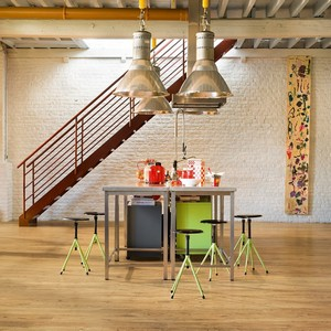 QUICK STEP LAMINATE PERSPECTIVE WIDE  COLLECTION RECLAIMED CHESTNUT NATURAL FLOORING 9.5mm